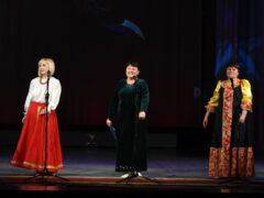 Народный ансамбль татарской песни «Ялкын» на фестивале народных талантов «Душа поет — гармонь играет»